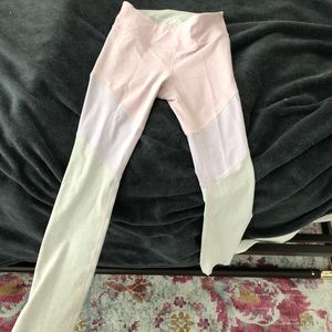 68f3b339c0c Lululemon Size 6 Sports Bra Outdoor Voices size small 7 8 Spring Leggings  ...